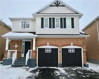 Detached Home Location In The Family Fletcher's Meadow Neighbrhd