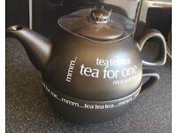 Rayware teapot