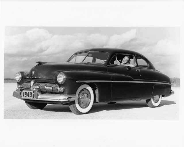 1949 Mercury Type 72 6-Passenger Coupe Press Photo 0024