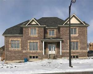 4+1 Bedroom, 3 Bathroom Home in Sutcliffe Way - Alliston