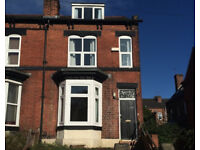 Newly refurbished 4 double bedroomed property within close proximity of university. BOOK NOW!