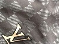 BRAND NEW LOUIS VUITTON LV T SHIRT TOP WITH TAGs GREY/GOLD