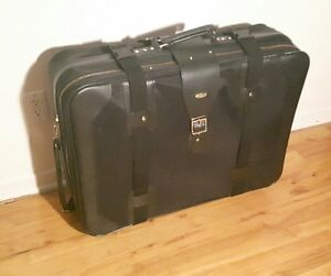 30'' luggage / valise