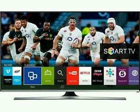 """Samsung 32"""" LED smart wifi built USB MEDIA PLAYER HD FREEVIEW and Screen mirror full hd 1080p ."""
