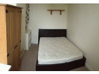 Room available to rent Fallowfield, Manchester £360 pm includes all bills