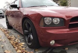 2007  Dodge charger - look SRT - DOIT PARTIR