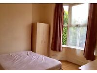 >>SPACIOUS DOUBLE ROOM AVAILABLE 3MINS TO NORTHUMBERLAND PARK STATION.