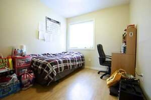 Wide Range of 5 Bedrooms 2 bathrooms available now! $400 GC Kitchener / Waterloo Kitchener Area image 4