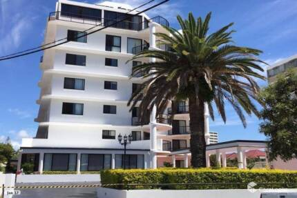 Pet Friendly, Waterfront, Furnished Apartment - Surfers Paradise