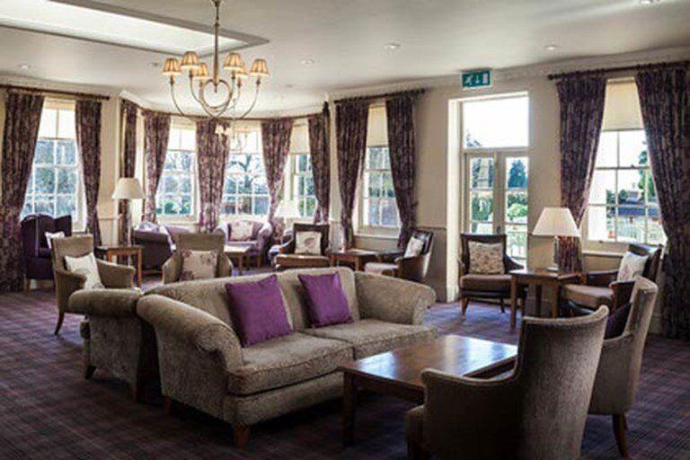 FT Food & Beverage Assistant / Conference and Banqueting Waiter - Hilton Avisford Park, Arundel