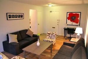Spacious Bachelor at Southwood & St Andrews! CALL TODAY!