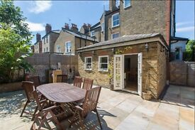 LARGE (1,200sq/ft) 2 BEDROOM FLAT WITH GARDEN IN WANDSWORTH