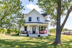 LOOKING FOR RURAL FARMHOUSE TO RENT