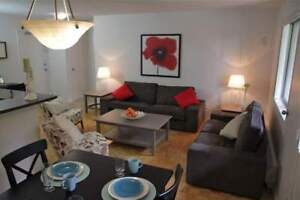 Large 1 Bed at QEW &  Hurontario St. - CALL TODAY!