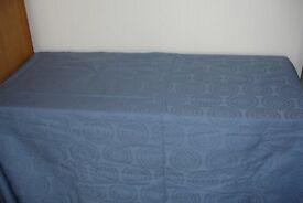 Tablecloth (b)