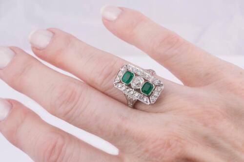 Wonderful Rich Green Emerald With Vivid White Shiny CZ Rectangle Art Deco Ring