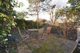 Double room ,pretty garden in good location