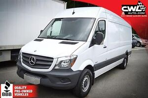 """Mercedes-Benz Sprinter Cargo Vans 2500 V6 170"""" / 3.0L Bluetec 20"""