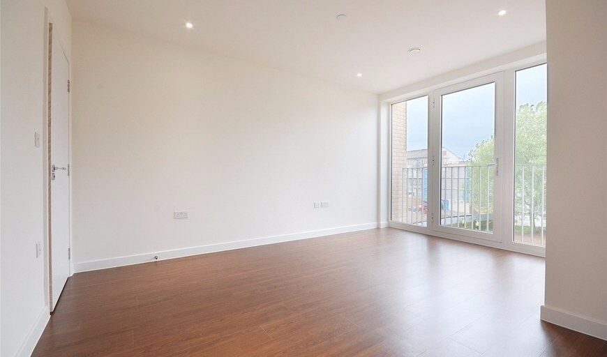 Selection Of Stunning Brand New Two Double Bedroom Properties Located In Brand New Vista Building