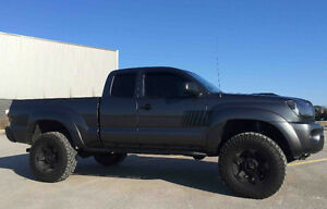 2009 Toyota Tacoma TRD Off Road Pickup Truck