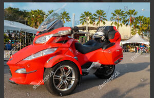 LOOKING FOR A CAN AM SPYDER