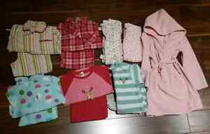 12pc Gap Size 4 Sleepwear set