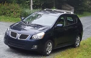 Sought after AWD Pontiac Vibe with ABS and ESC.