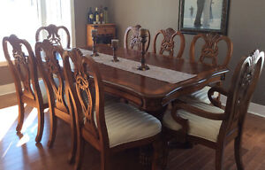 9 piece dining set with buffet and hutch
