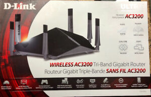 D-Link DIR-890L/RE AC3200 Wireless Tri-Band Gigabit like new