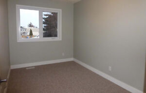 Vacant Room available on May 1st in Leduc