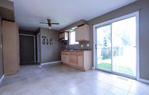 **Reduced** Semi-detached in Forest Glade Move in Ready! Windsor Region Ontario image 7