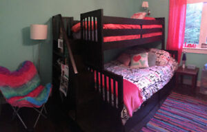Bunkbed (double with twin top bunk)