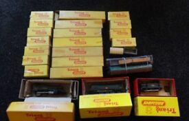Vintage triang train collection inc 3 no locos £135