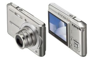 Casio Exilim EX-S600 6MP with 3x Optical Zoom  NEW in open box