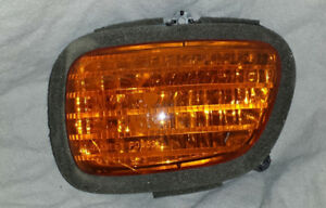 2001 GL 1800 GOLD WING LEFT FRONT TURN SIGNAL LENS