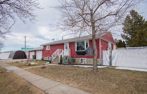 Beautifully updated family home!