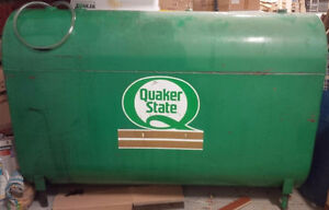 PORTABLE OIL STORAGE TANK, APPROX. 1000 L, FILLED WITH OIL
