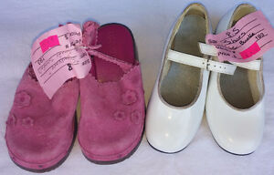 Girls Size Baby/ Infantst 5 - 12 Shoes, Sandal, Boots, Sneakers. London Ontario image 4