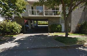 Off-street Parking - 2440 Oakville Avenue, Sidney