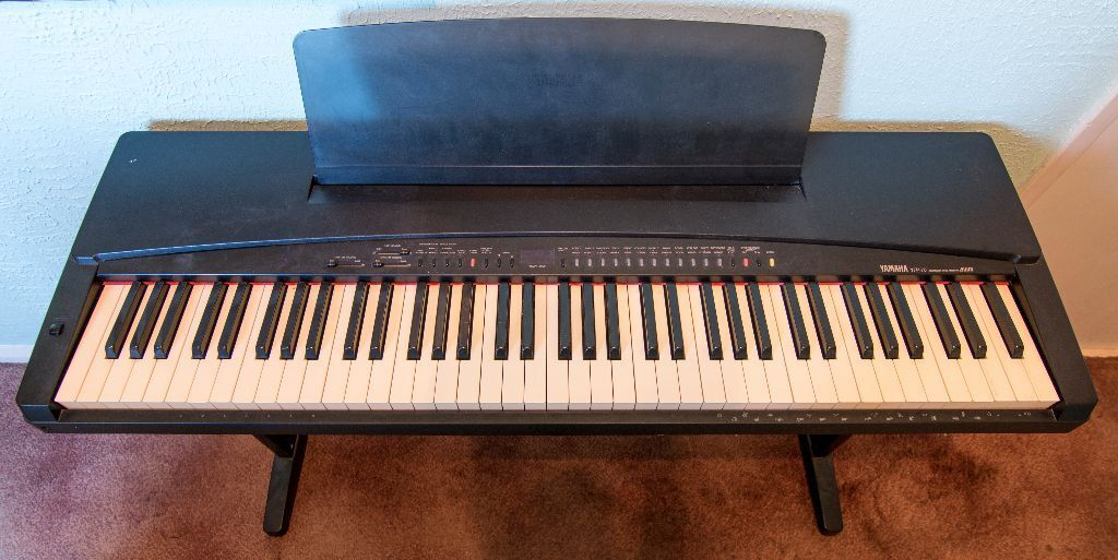 Yamaha Yfp 70 Electric Keyboard In Darlington County