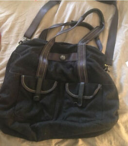 Lululemon shoulder/ cross body bag $15