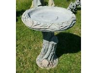 Hand crafted Wood effect concrete bird bath (new)