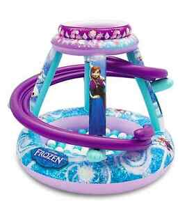 Disney Frozen - Forever Sisters Inflatable Playland ball pit