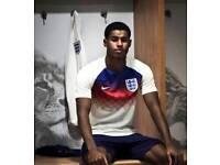 Men's England training top medium