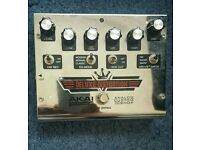 Deluxe distortion pedal for guitar,hardly used in exellwnt condition.