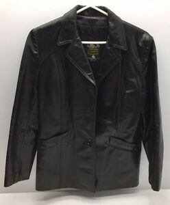 1 manteau en cuir pour femme à vendre