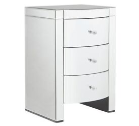 Ex-display Canzano 3 Drawer Bedside Chest - Mirrored