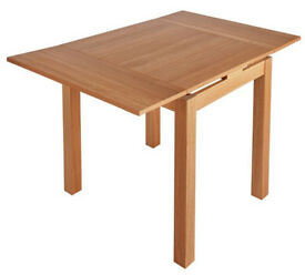 Clifton Extendable Oak Veneer 2-4 Seater Table