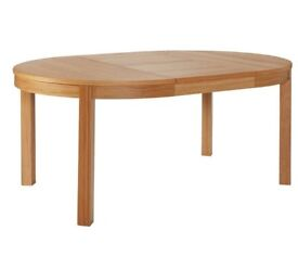Ex display Clifton Round Extendable 4-6 Seater Table