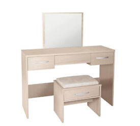 Collection Hallingford Dressing Table - Light Oak Effect - No mirror